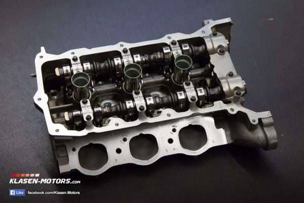 Insignia 2.8 V6 Turbo Zylinderkopf Vorne mit Nockenwellenräder